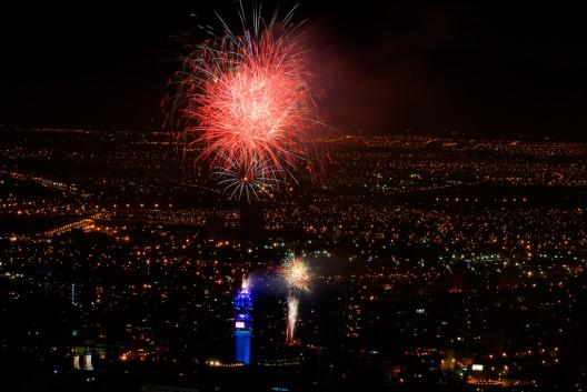 Guia De Fuegos Artificiales En Santiago Para Celebrar El Ano Nuevo