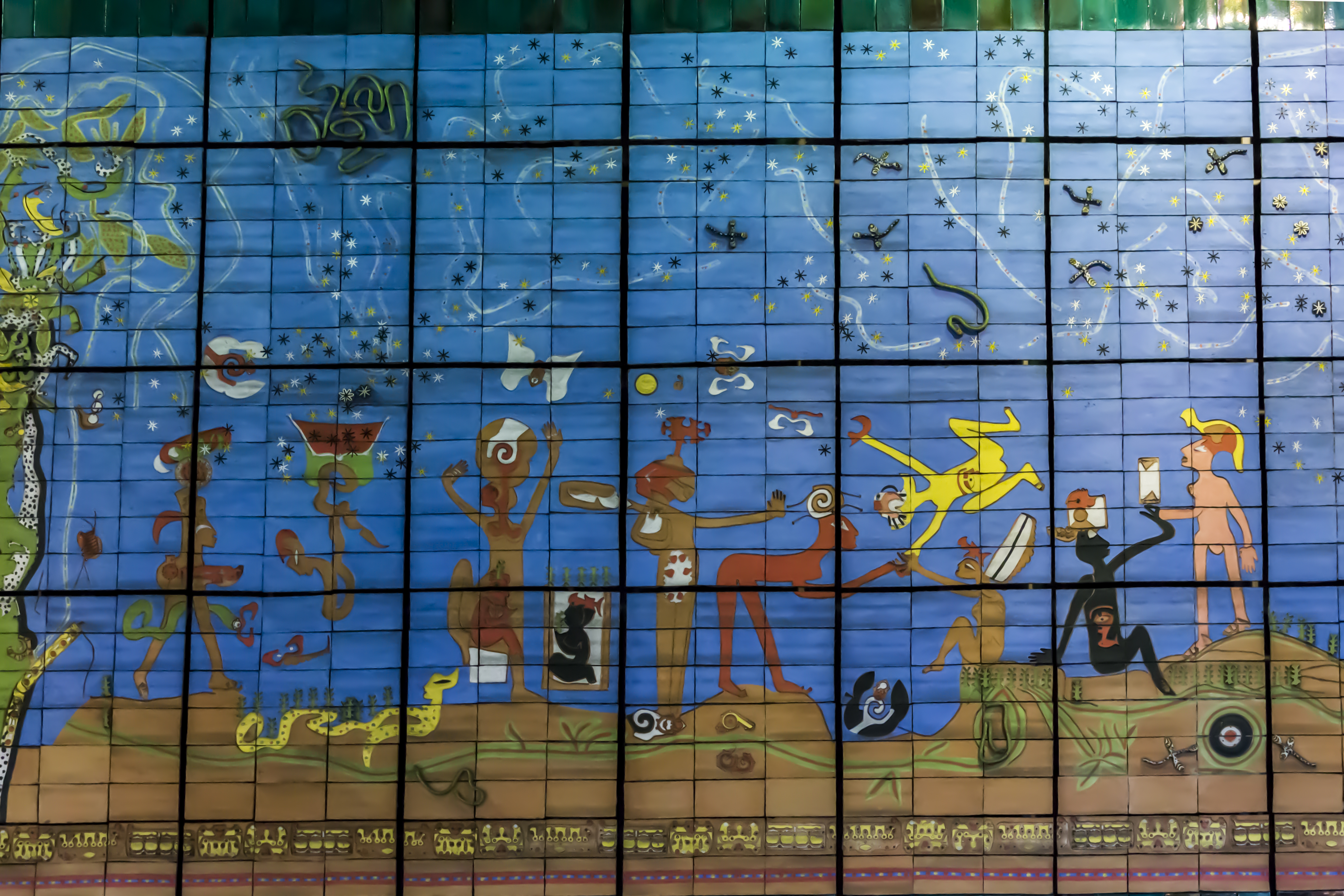 Verbo america roberto matta metro quinta normal andrea for Mural metro u de chile