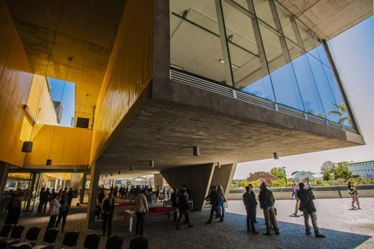 1._Edificio_Parque_Cultural_de_Valpara_so_(Cr_dito_Jorge_Villa)