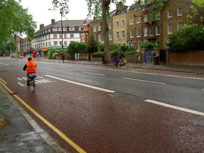 8.9. pista compartida para buses y ciclistas bicicletas