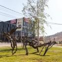 Escultura Tim Scott en La Dehesa por Andrea Manuschevich para Plataforma Urbana 5