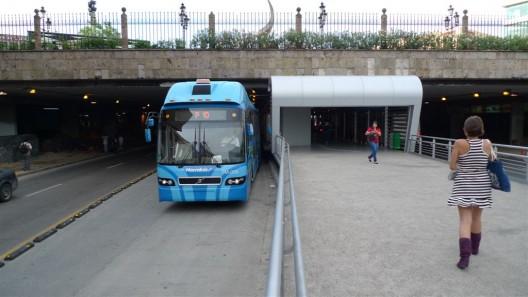 Estación BRT de Macrobús en Guadalajara, México. © ITDP, vía Flickr.
