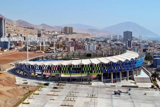 Estadio Regional de Antofagasta. © Andrés Valle, vía Plataforma Arquitectura.