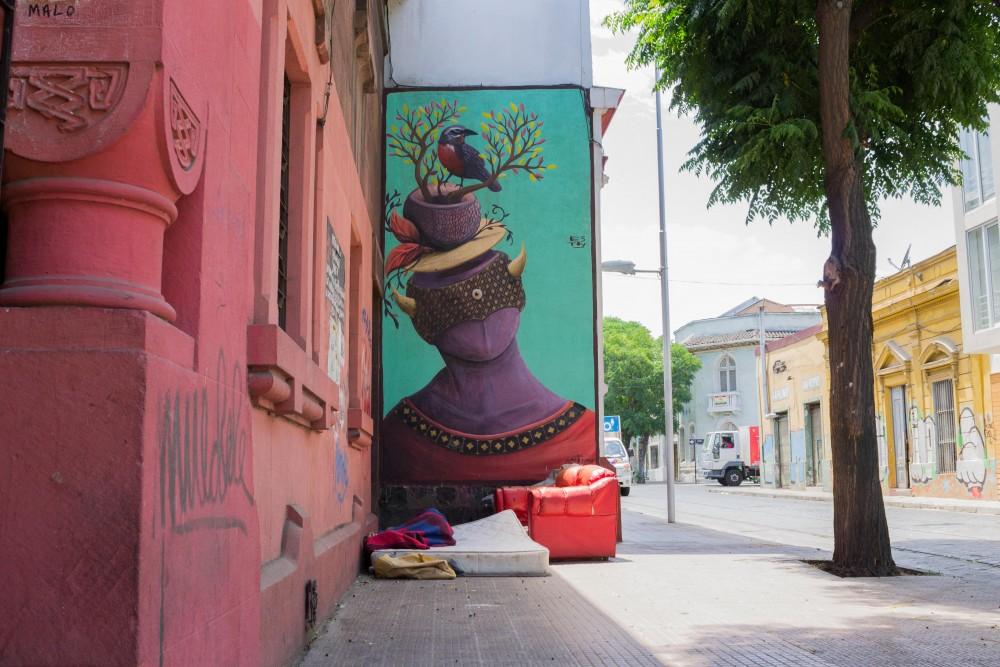 Mural Rodrigo Estoy Barrio Yungay 1 por Andrea Manuschevich para Plataforma Urbana
