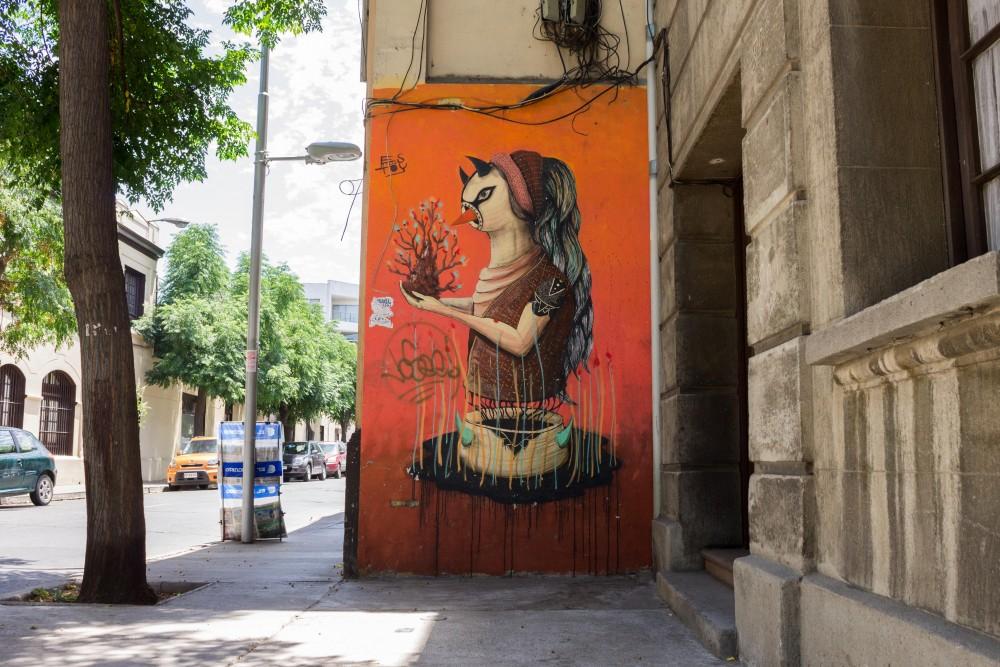 Mural Rodrigo Estoy Barrio Yungay 2 por Andrea Manuschevich para Plataforma Urbana