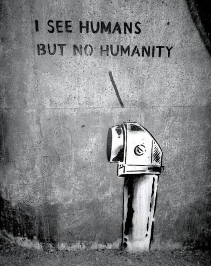"""""""Veo humanos, pero no humanidad"""", por Klister-Peter en Estocolmo, Suecia."""
