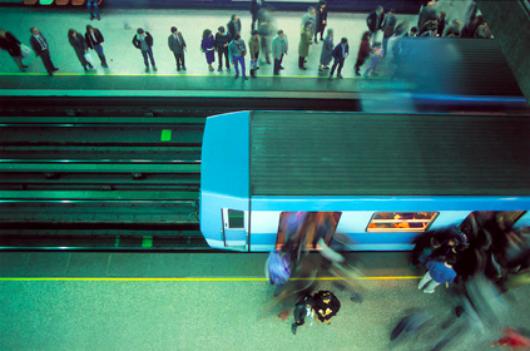 Metro de Santiago. © Luis Ladrón de Guevara L, vía Flickr.