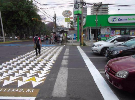 pasos peatonales intervenidos puebla mexico