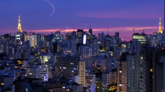 São Paulo. © Júlio Boaro, via Flickr