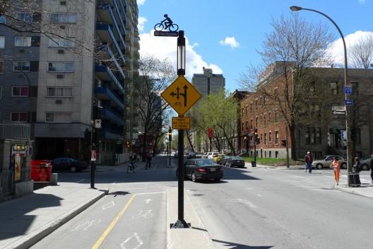 Boulevard De Maisonneuve en Montreal, Canadá. © bricoleurbanism, vía Flickr .
