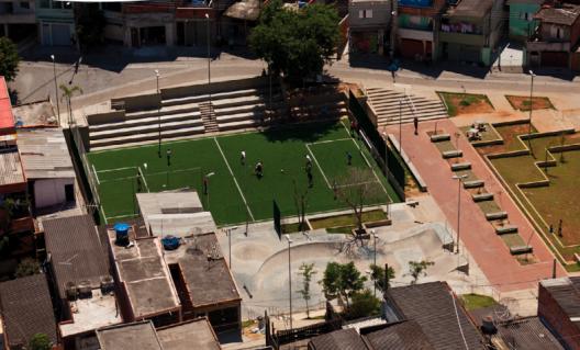 Parque Cantinho do Céu en el barrio de Grajaú en São Paulo. Fuente: Solucoes para cidades.
