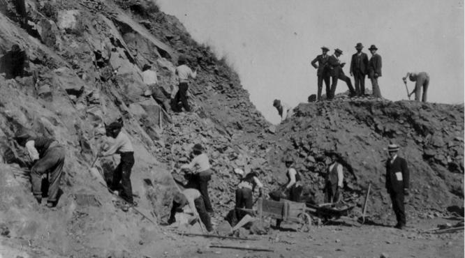 Imagen 2. Explotación de canteras. Fuente: Fotos históricas P.M.S.