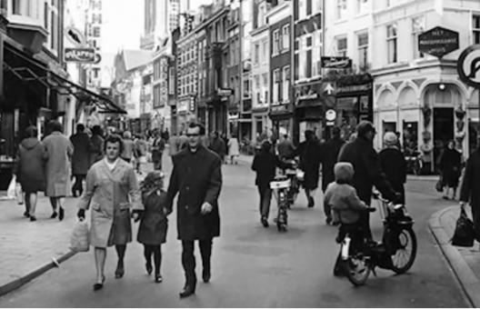 Domingos sin auto en las calles de Holanda (1970)