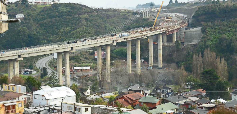 avance viaducto entre ruta 5 sur y carretera austral