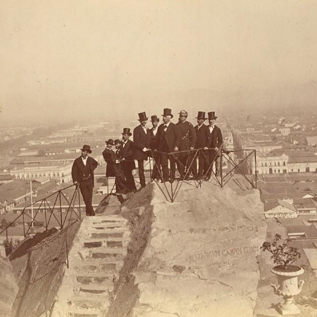 Cerro Santa Lucia 1874_ Foto por Emilio Garreaud para el Album del Santa Lucia Cortesia Santiago Cerros Isla