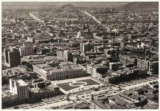 Barrio Cívico de Santiago en 1930. Autor: Enrique Mora. Archivo Procultura. Cortesía @enterrenochile