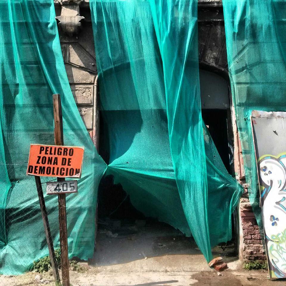 Demolición Casona Montt en 2013. Foto Enterreno. Cortesía @enterrenochile