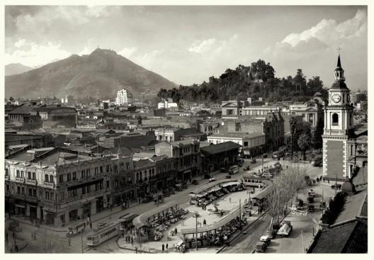 Pérgola de las Flores, Alameda de Santiago en 1932. Autor: Enrique Mora. Cortesía @enterrenochile
