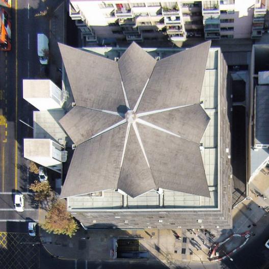 Galeria comercial Piramide del Sol Cortesia Fotos Aereas