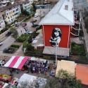 Mural Mi Nina del muralista argentino Adrian en el Museo a Cielo Abierto en San Miguel Cortesia Fotos Aereas
