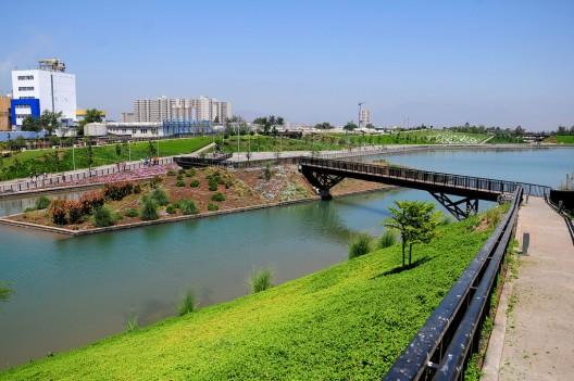 Parque Fluvial Renato Poblete. © Minvu, vía Flickr.