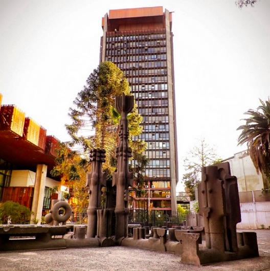 Plaza Assler en el GAM Cortesia WalkingStgo