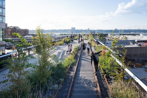 1407_High_Line_At_The_Rail_Yards___Photo_By_Iwan_Baan