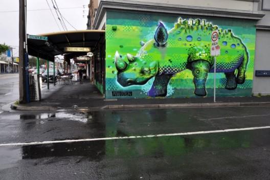 """""""3121"""" Rhino"""" por Makatron. Melbourne, Australia."""