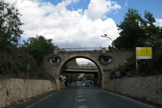 """7 Diottrie"" por Sokram. Messina, Italia."