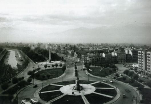 Monumento ecuestre al general Manuel Baquedano. Virginio Arias. Santiago de Chile. Fotografía tomada hacia 1928.