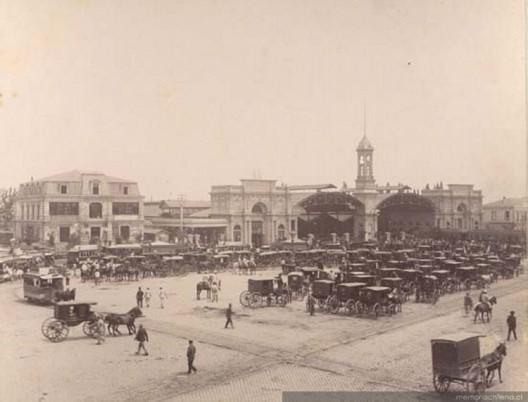 Estación Central de Santiago en 1885. Fuente: Memoria Chilena.