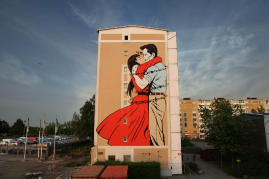 """Last Embrace Before Departure"" por D*Face. Malmö, Suecia."