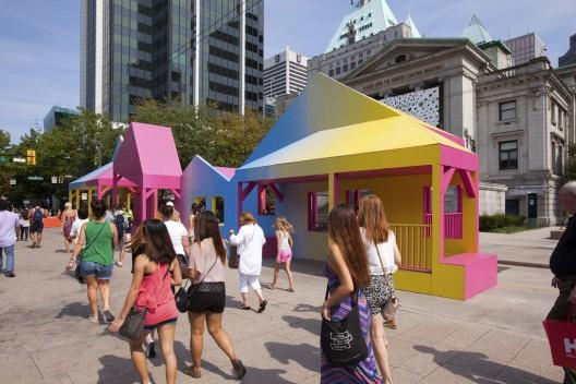 """""""Porch Parade"""", intervención ganadora del VIVA VAncouver 2015. © Ayuntamiento de Vancouver, vía Flickr."""