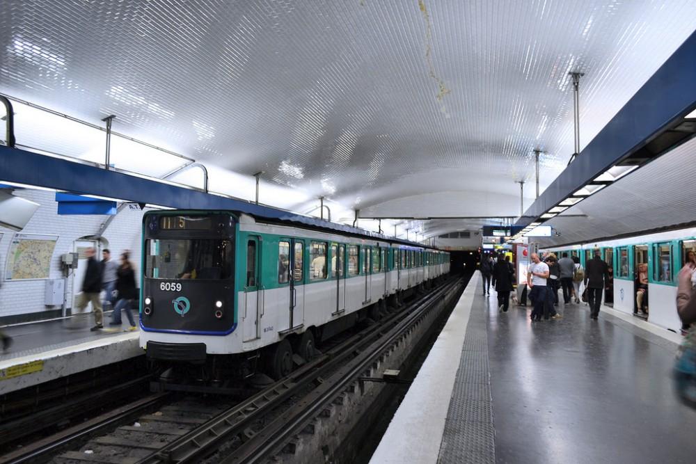 Metro de París, Francia. ©  Juan Enrique Gilardi, vía Flickr.