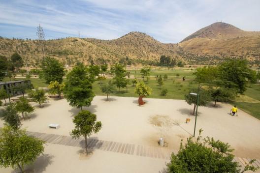 Parque Metropolitano Sur, Cerros de Chena. Foto © Plataforma Urbana