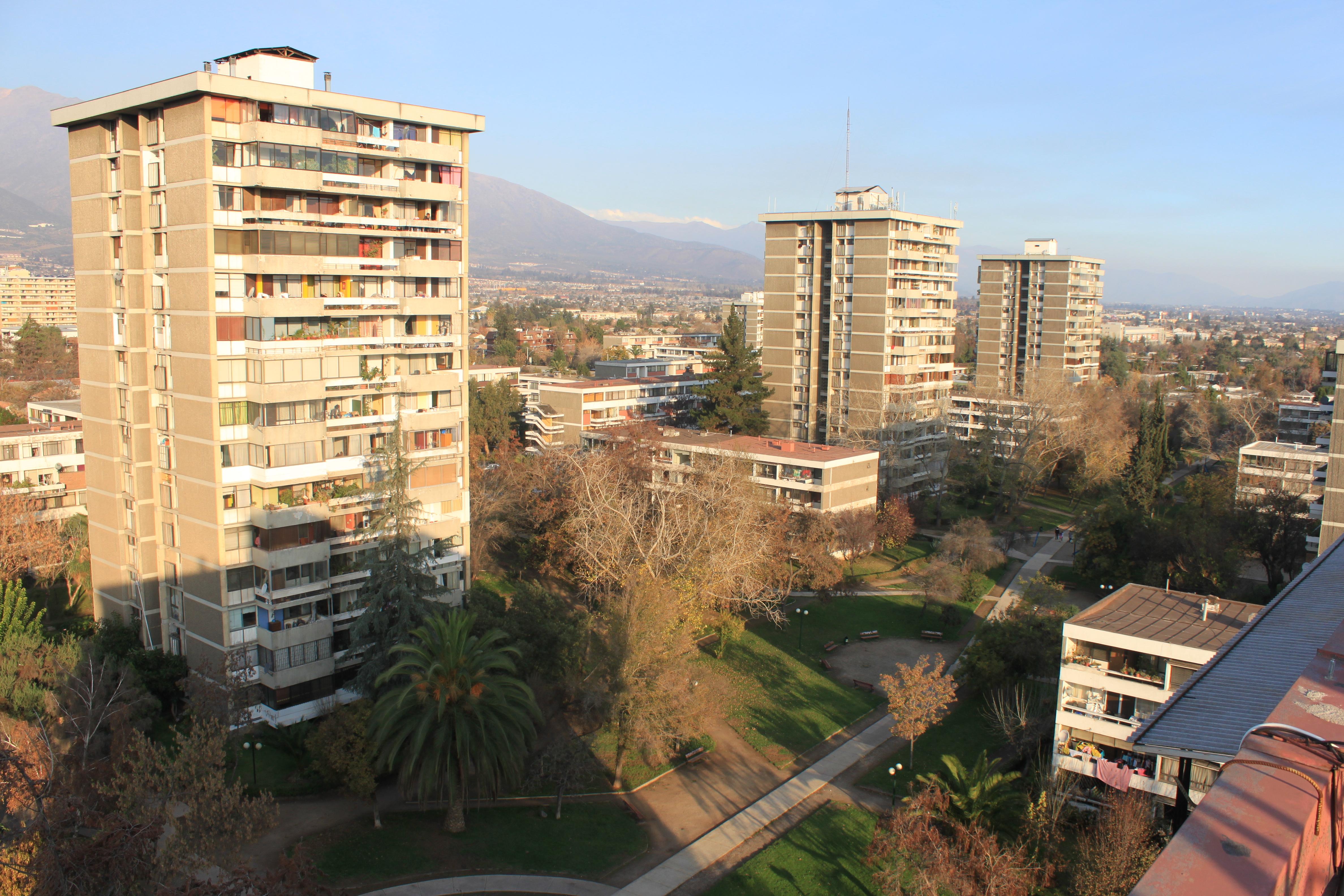 Villa Frei, Ñuñoa. ©Carolina Olmedo Carrasco, vía Wikimedia Commons.