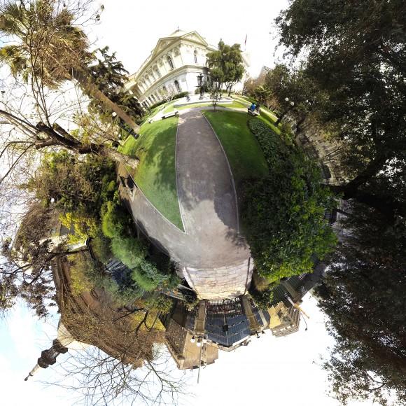 /srv/www/purb/releases/20151119202500/code/wp content/uploads/2015/11/9 jardin ex congreso cortesia chile inmersivo
