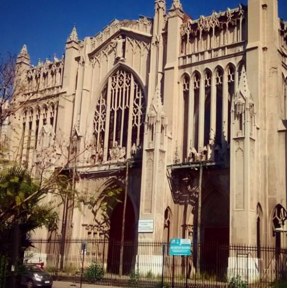 Basílica del Salvador en Huérfanos con Almirante Barroso. Cortesía Barrio Brasil en Instagram