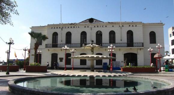 Ex Estación del Ferrocaril Arica-La Paz. © Lorna-Lorna, vía Wikimedia Commons