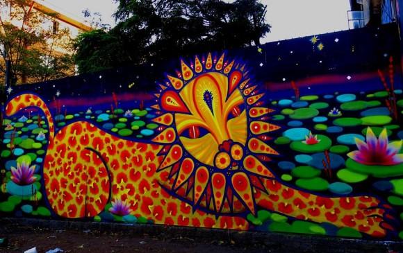 /srv/www/purb/releases/20151110151437/code/wp content/uploads/2015/11/mural liontigrispardus museo a cielo abierto san miguel santiago cortesia juanita perez