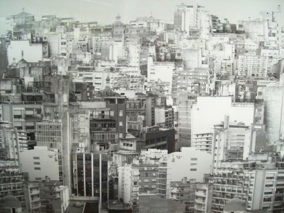 "Serie ""Hipertélico Urbano"". Image © Hans Stoll"