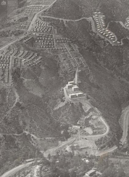 /srv/www/purb/releases/20151211193133/code/wp content/uploads/2015/12/ampliacion poblacion rodelillo valparaiso 1971 foto minvu aniversario 50 anos