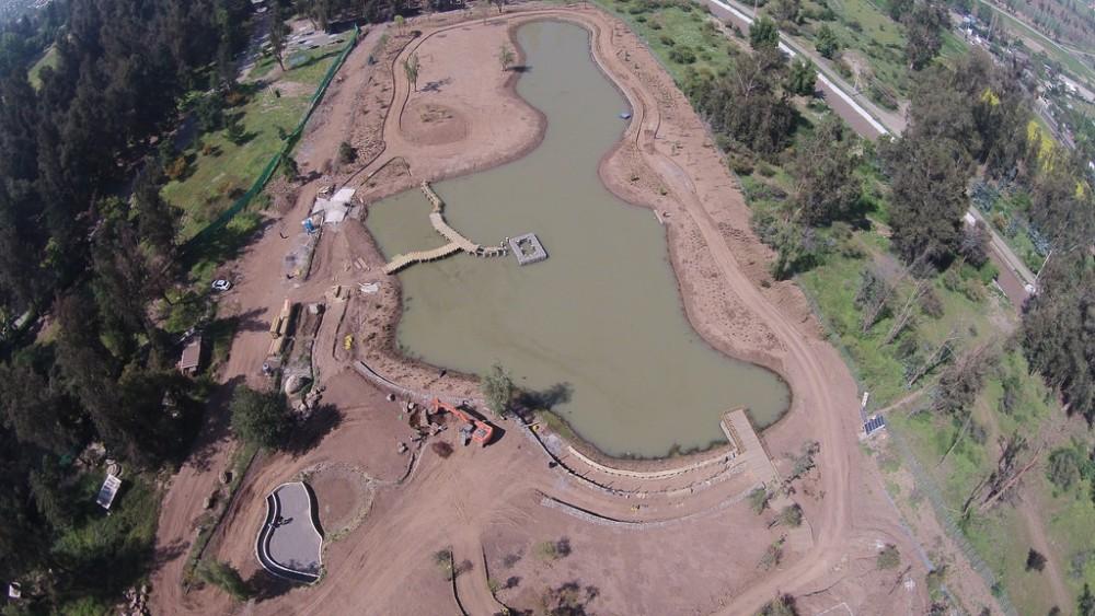 Construcción de la laguna navegable del Parque Pueblito Las Vizcachas © Municipalidad de Puente Alto
