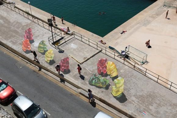 Puerto Marsamxett en Malta (Imagen via 3d street art by Leon Keer en Facebook).