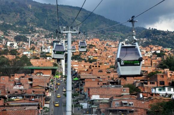 Metrocable en Medellín (Imagen © Jorge Láscar),