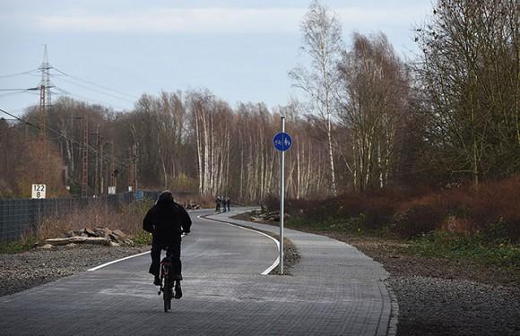Tramo inaugurado de la bicipista de Alemania.