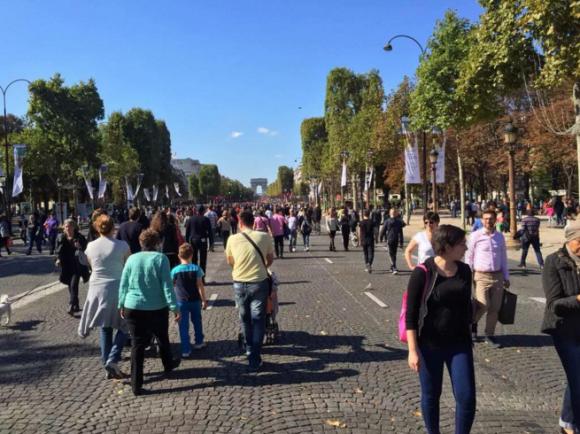 Dia Mundial Sin Autos 2015 en París. Foto por @NoConceptofYou, vía Twitter
