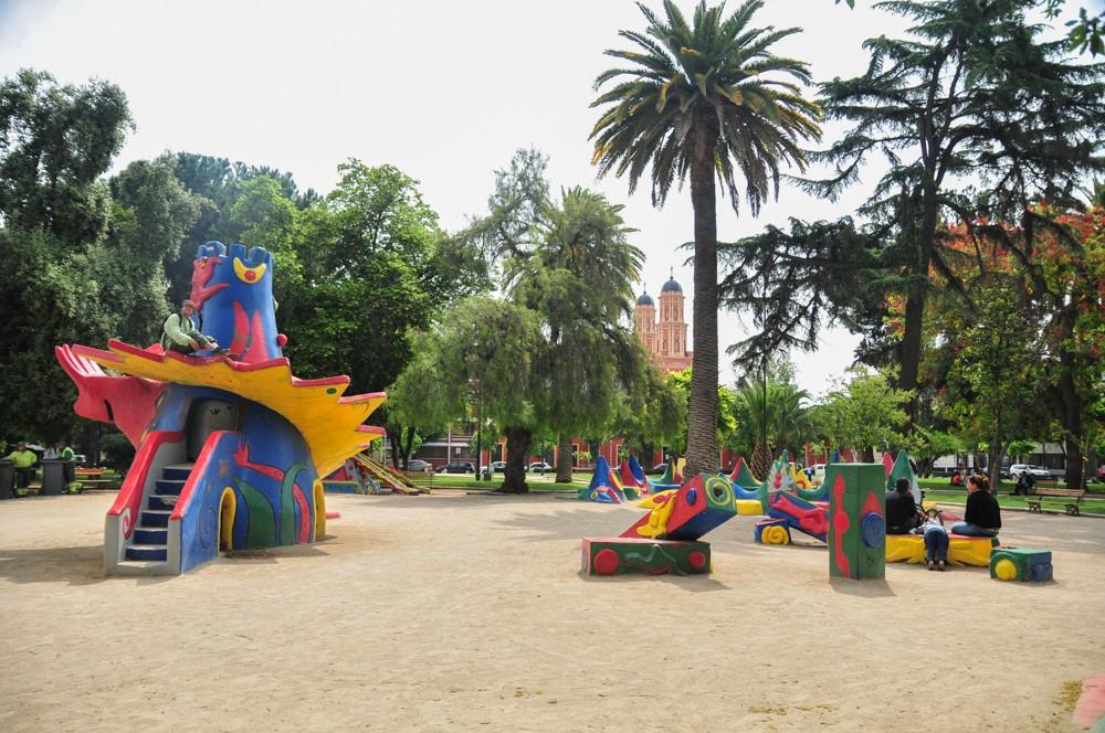 Plaza Brasil, Santiago. © Plataforma Urbana