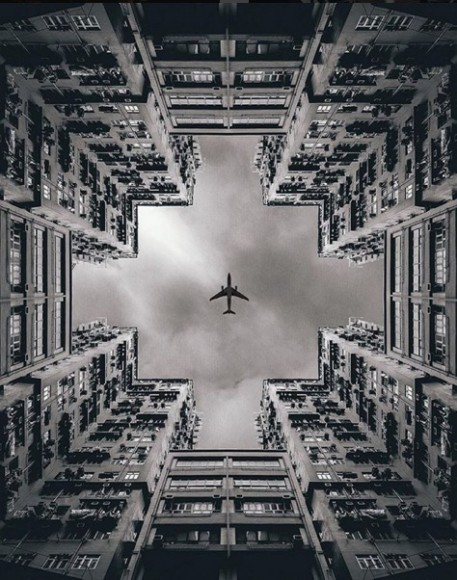 Hong Kong. Image © @andreknot [IG]