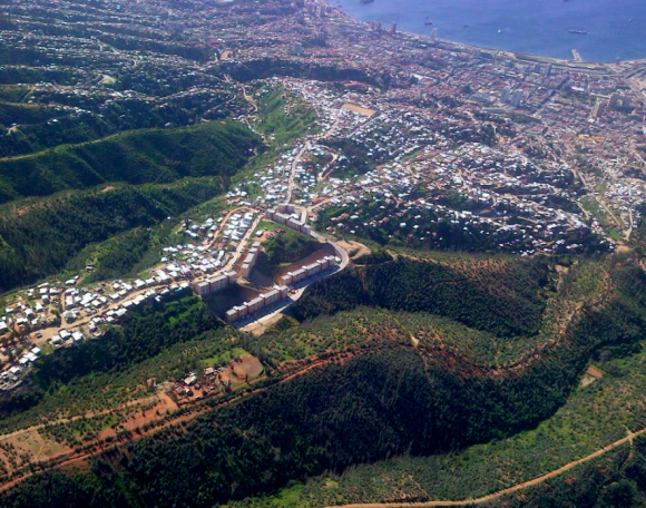 """Fuente: Informe """"Reconstrucción Gran Incendio de Valparaíso"""". © Observatorio Valparaíso"""